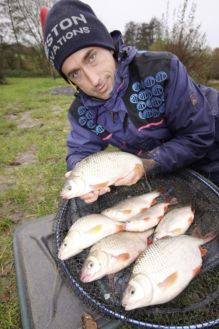 catch quality roach like these at Tricklebrook.