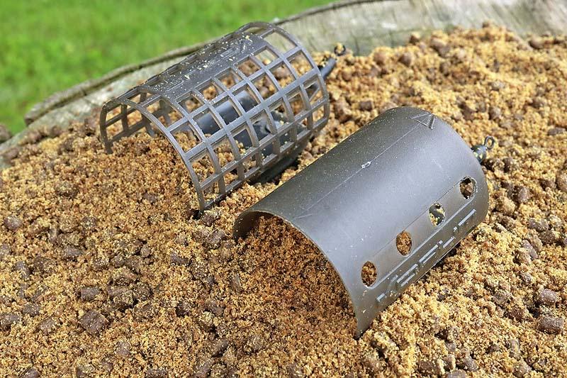 4 Barbel feeders - speed of bait delivery.jpg