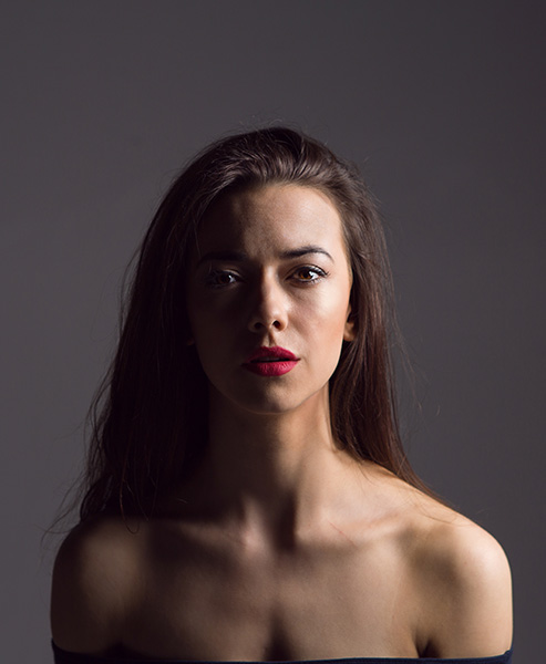 One light - split lighting:Ideal for male portraits, aim to get half the face lit and half in shadow. Ideally, though,a chink of light will illuminate the 'dark' eye.