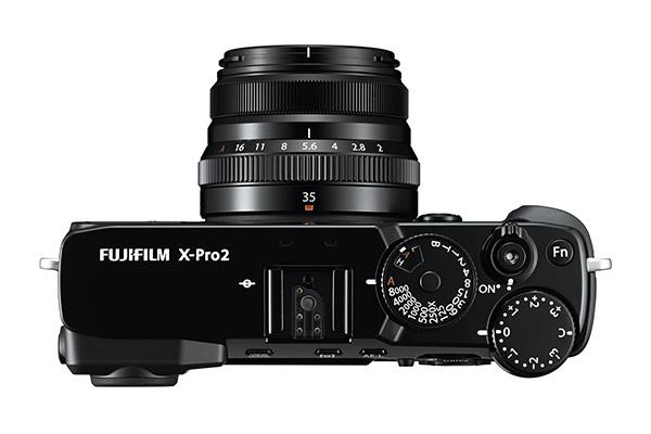 08_X-Pro2_BK_Top_35mm_White.0.jpg