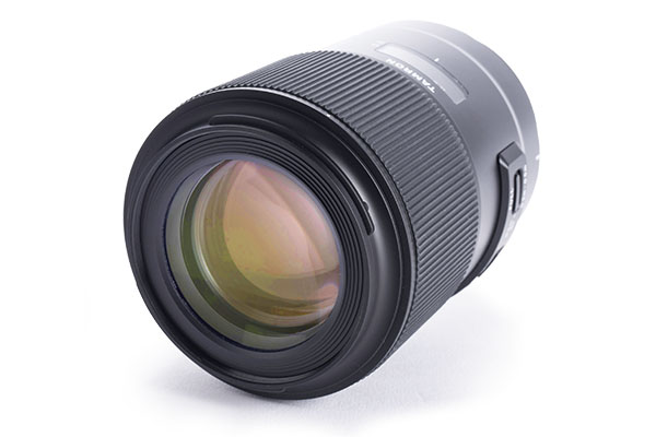Tamron 90mm f/2.8 SP Di Macro USD VC