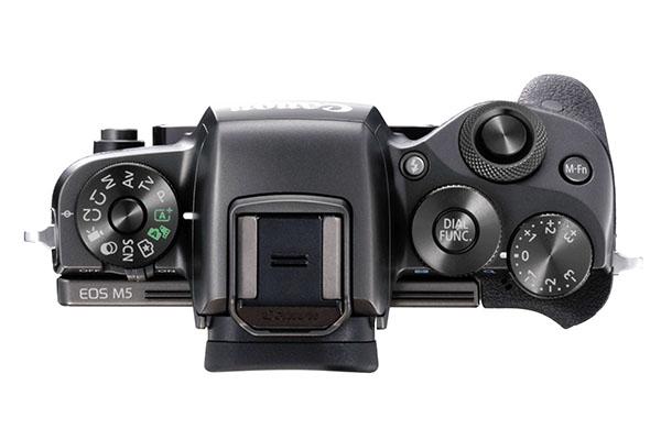 EOS M5 Lens off TOP.jpg