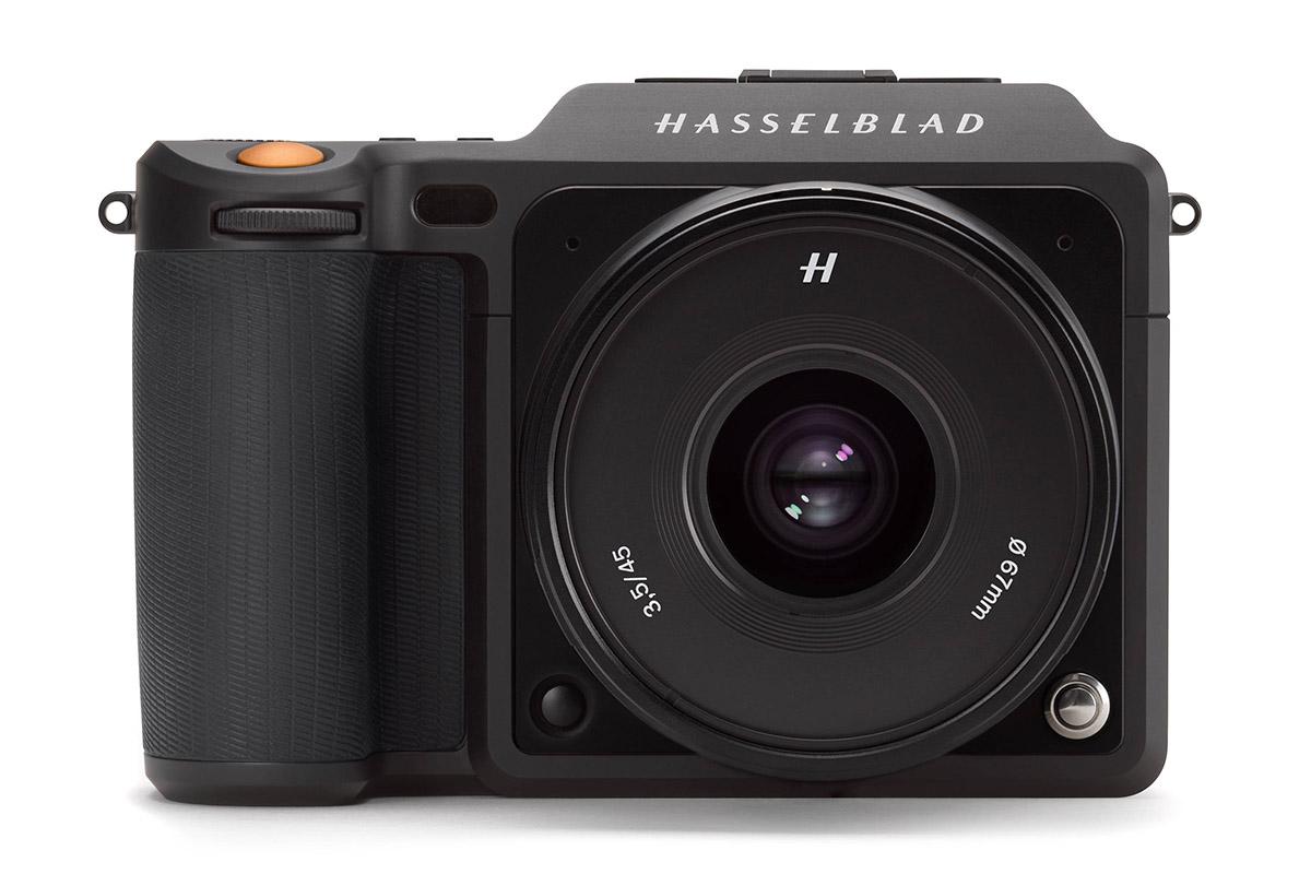 The mirrorless medium-format Hasselblad X1D-50c