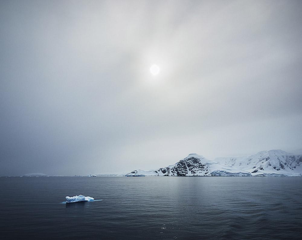 My Friend the Sun Antarctica L.ANT98(0059)40.jpg