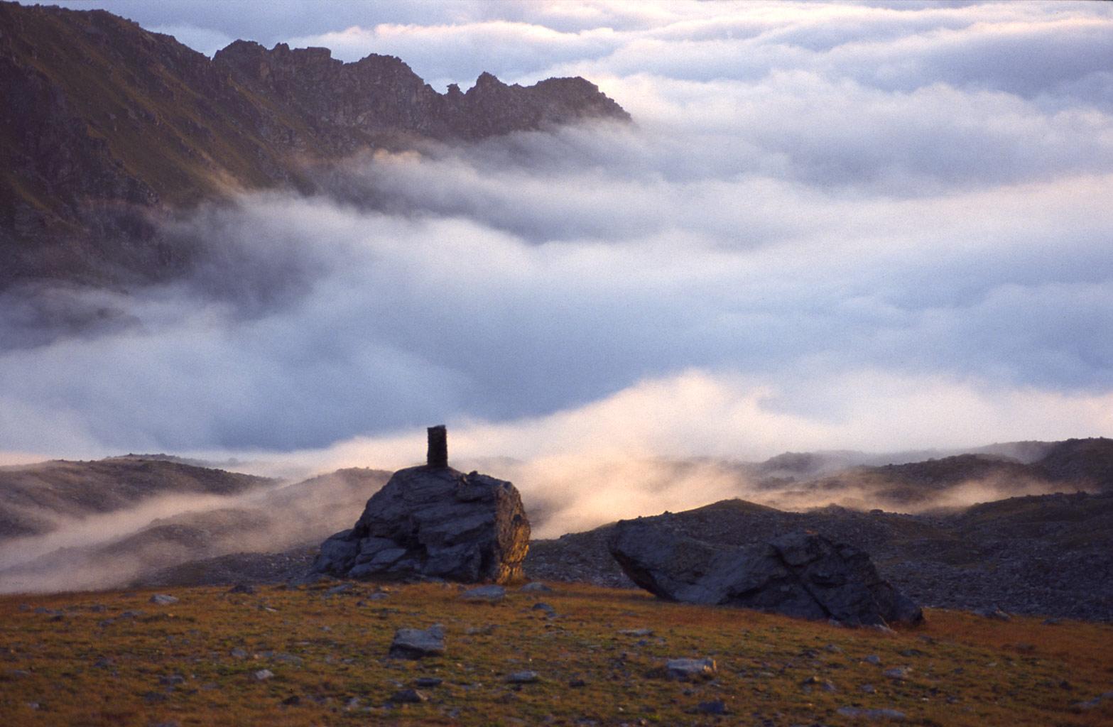 balda_monviso_sunrise_clouds.jpg