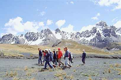Trekking%20in%20the%20Cordillera%20Blanca.jpg
