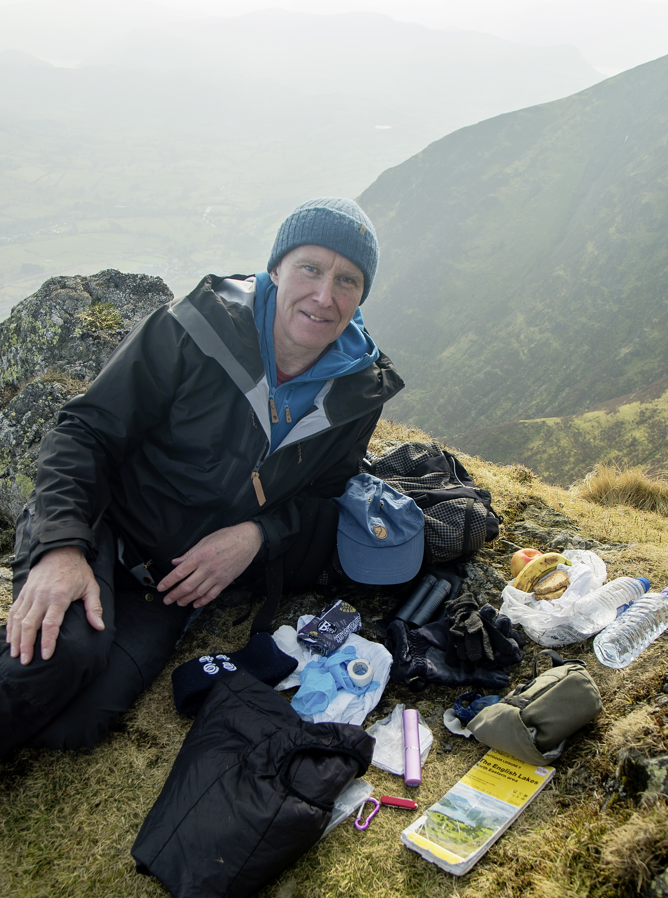 Alan Hinkes, and what he takes on the hill for a typical day out...  Photo : Terry Abraham