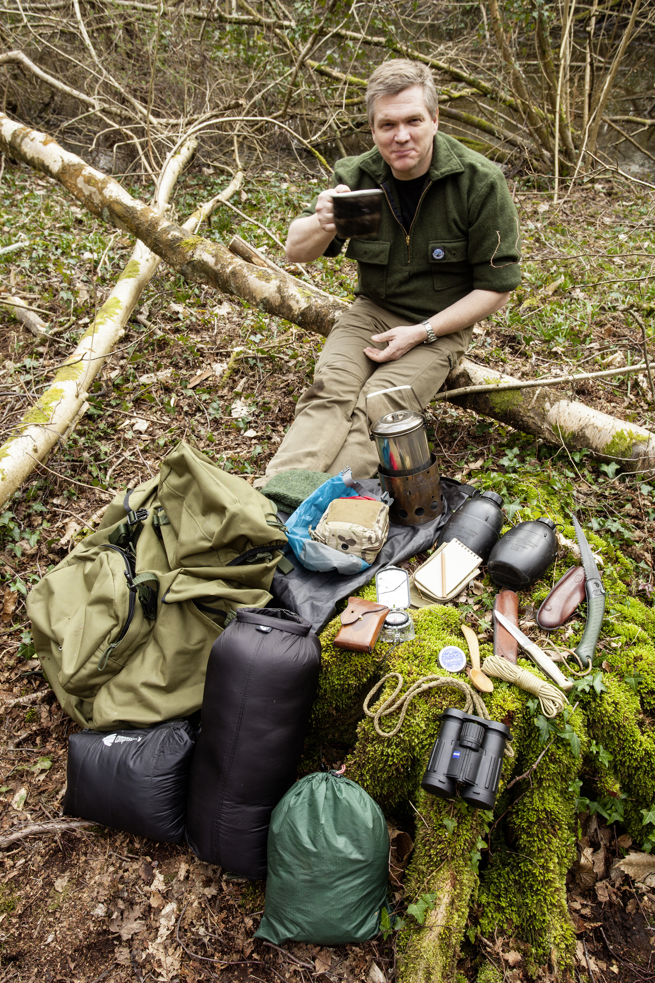 Ray Mears, and the contents of his 'sack.  Photo : Tom Bailey / Trail Magazine