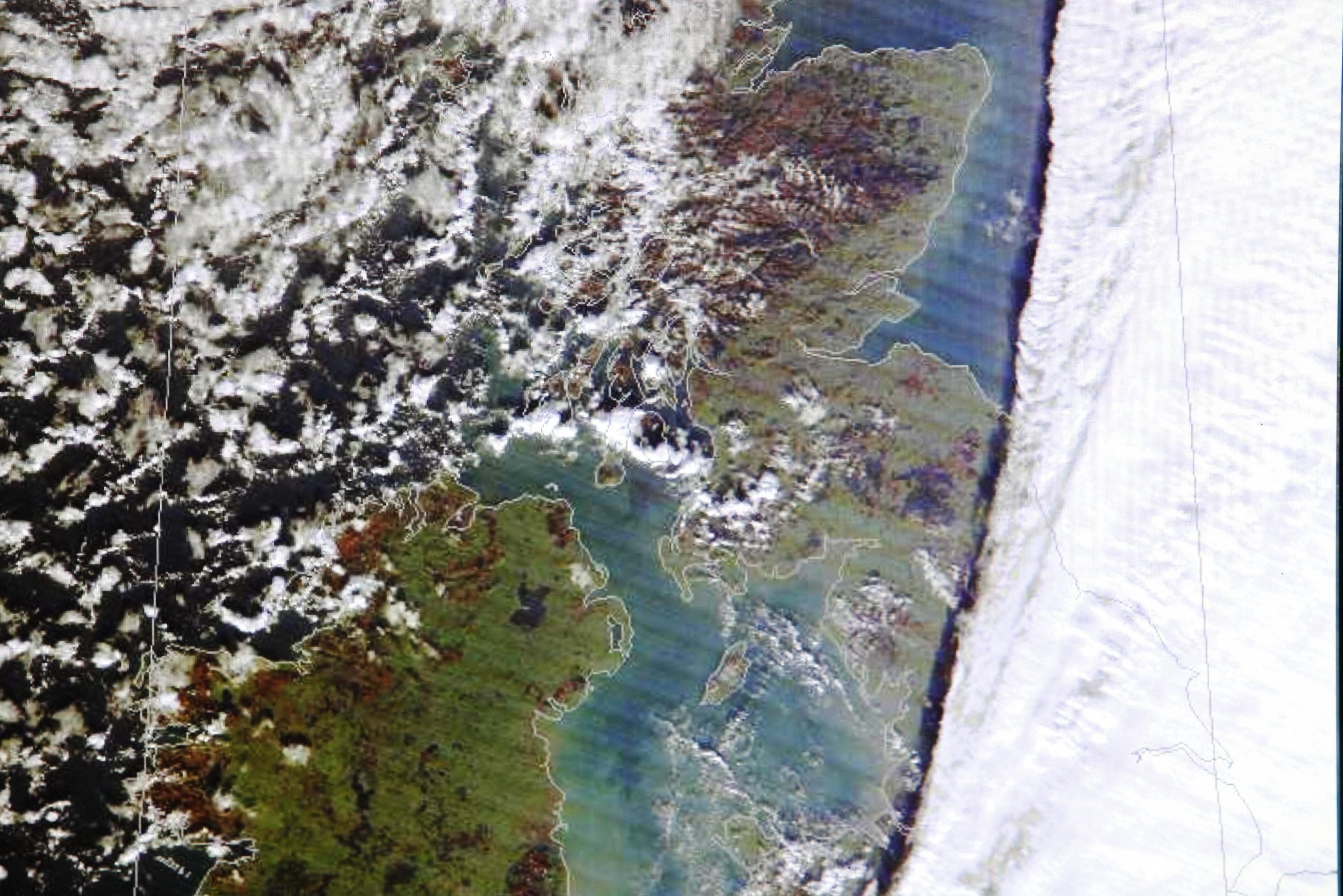 067Satelli te Image, Courtesy of University of Dundee Mountain Weather forecasting.JPG
