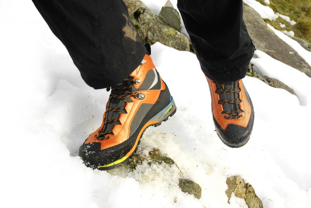 scarpa-charmoz-1.jpg