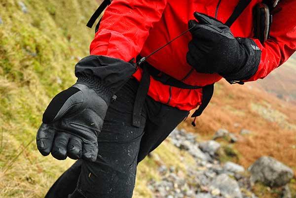Gloves-a.jpg