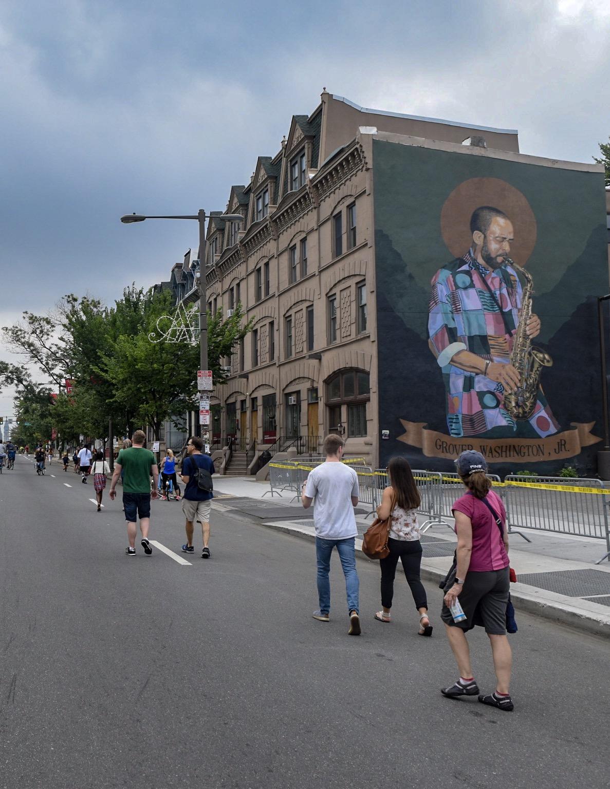 Grover Washington Jr. mural, North Broad