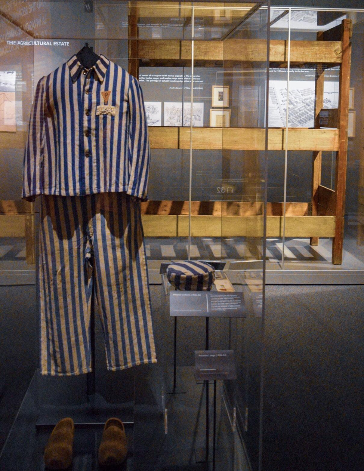 Prisoner clothing and set of bunks