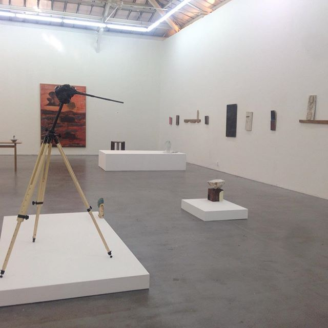 """""""Quelques sphinx"""" Magnifique exposition de Benoît Maire, galerie VnH #benoitmaire #galerievnh #artcontemporain #sphinx"""