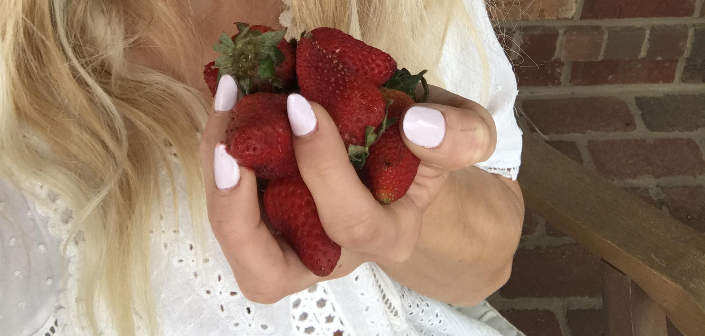 strawberryselfie.jpg