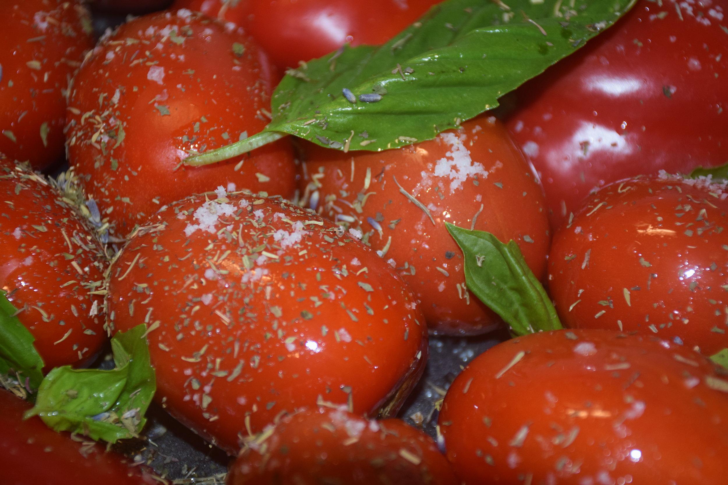Roasting Tomato.JPG