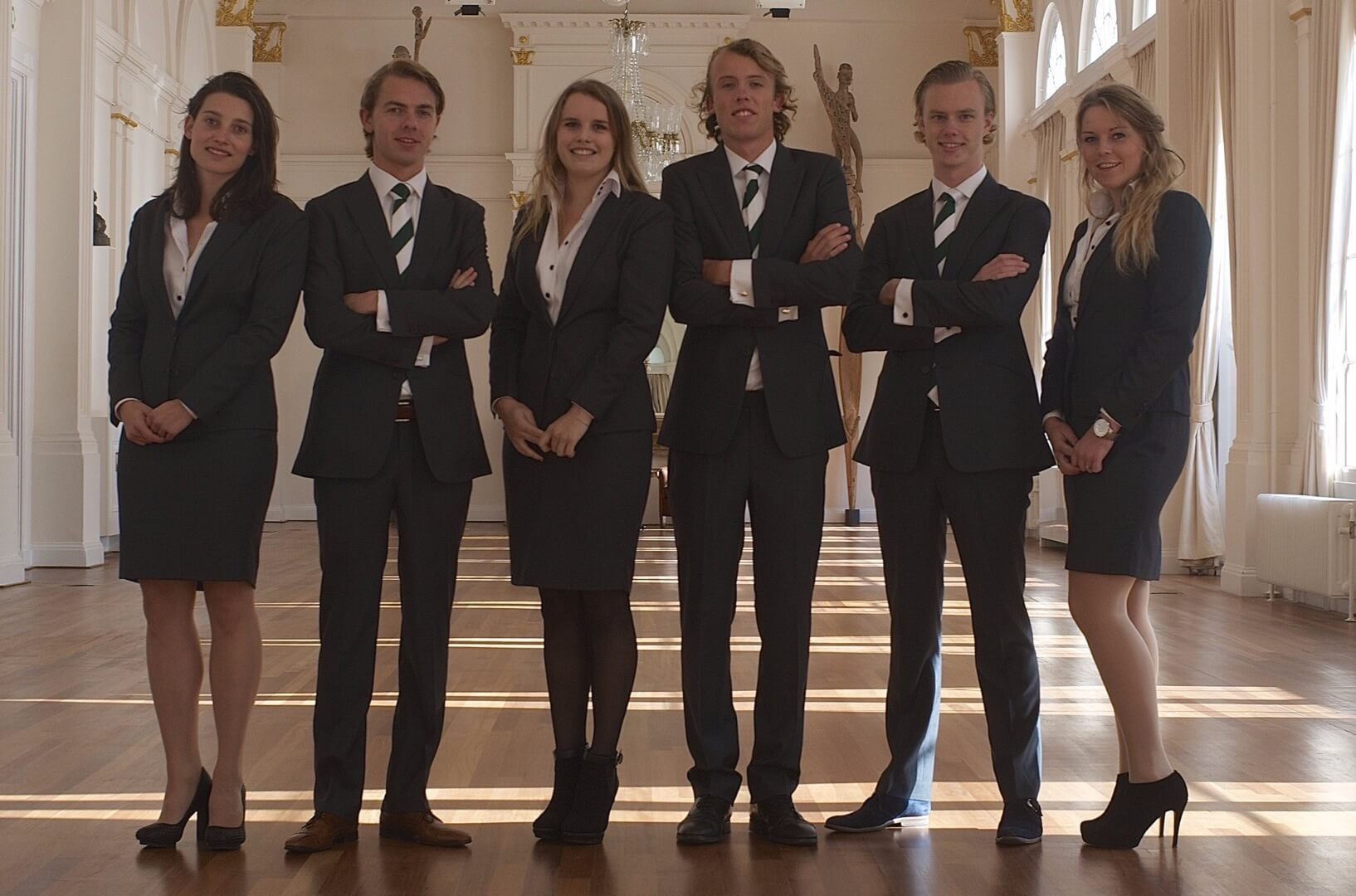 Chr.-Taxateurs-2013 Pak Student Bestuur Vereniging De Oost Bespoke Academy.jpg