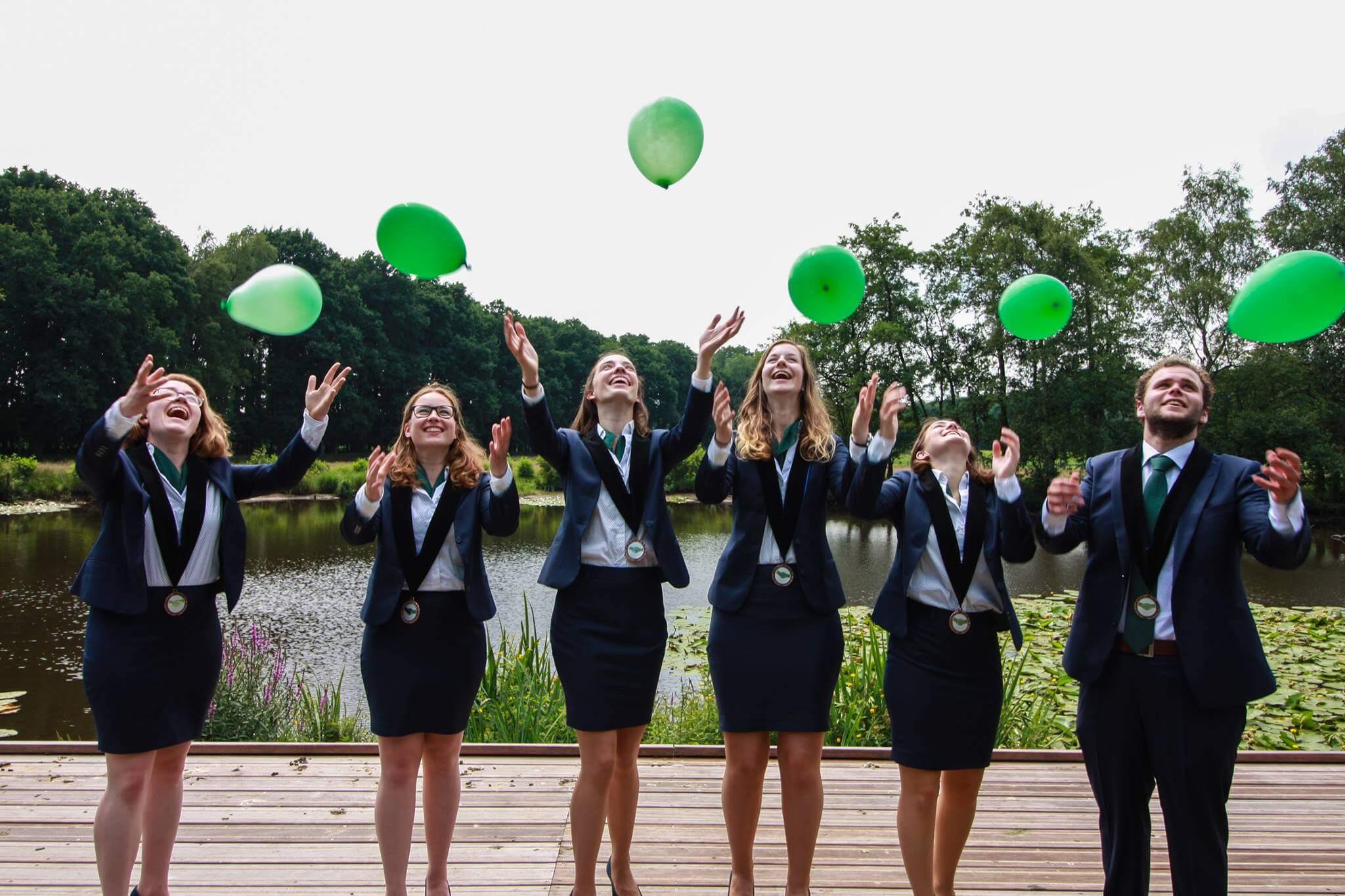 Ichtus Ede Bestuur 2017 - 1 Pak Student Bestuur Vereniging De Oost Bespoke Academy.jpg