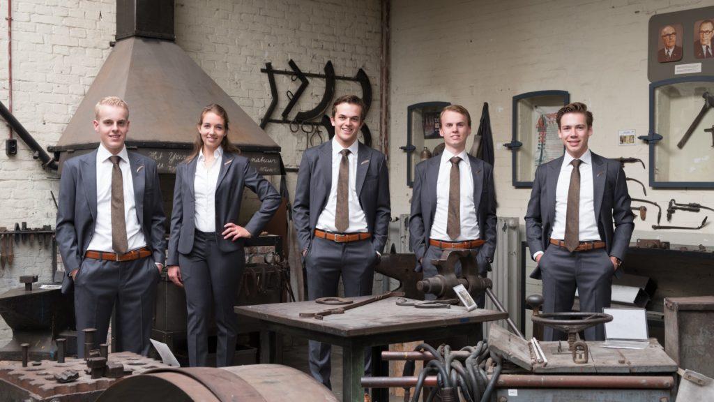 Industria Congres Bestuur 2017 - 1 Pak Student Bestuur Vereniging De Oost Bespoke Academy.jpg