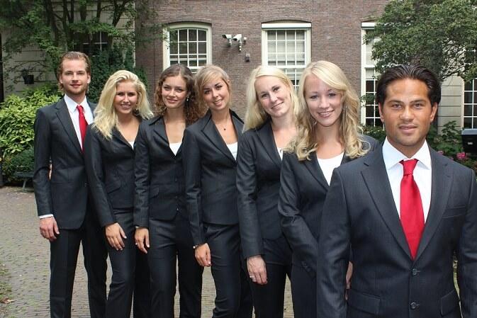 JFAS+2012 Pak Student Bestuur Vereniging De Oost Bespoke Academy.jpg