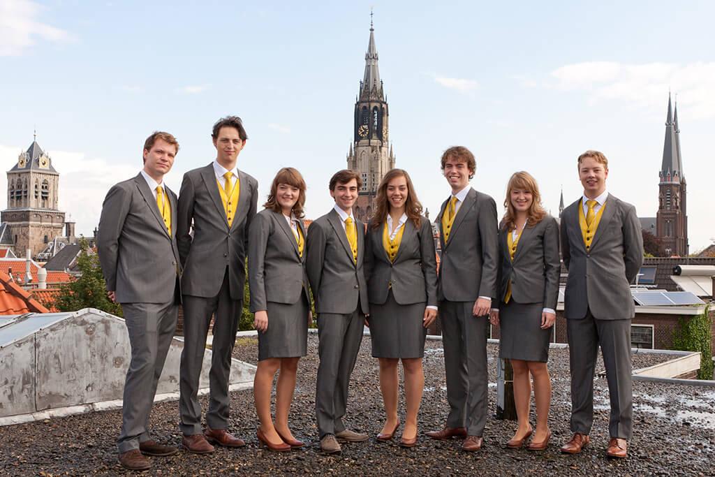 sintjansbrug Pak Student Bestuur Vereniging De Oost Bespoke Academy.jpg