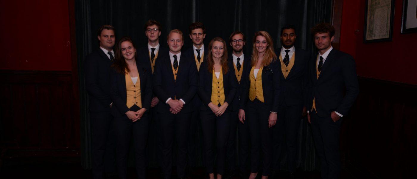 Varsity Bestuur 2017 Pak Student Bestuur Vereniging De Oost Bespoke Academy.jpg