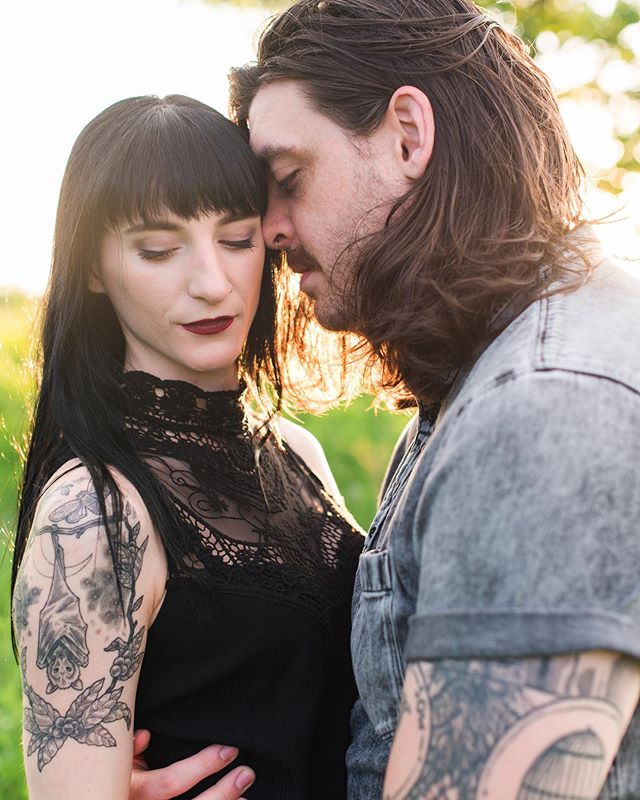 So my best friend could be a model (she's a photographer, her self portrait work is 👌🏼), and her husband is the lead singer of a band, so obviously he's used to moody band photos. These two are basically the perfect combo of fierce 💥 It was fun getting to capture their love and laughter ❤️ here are a quick couple of my favorites!