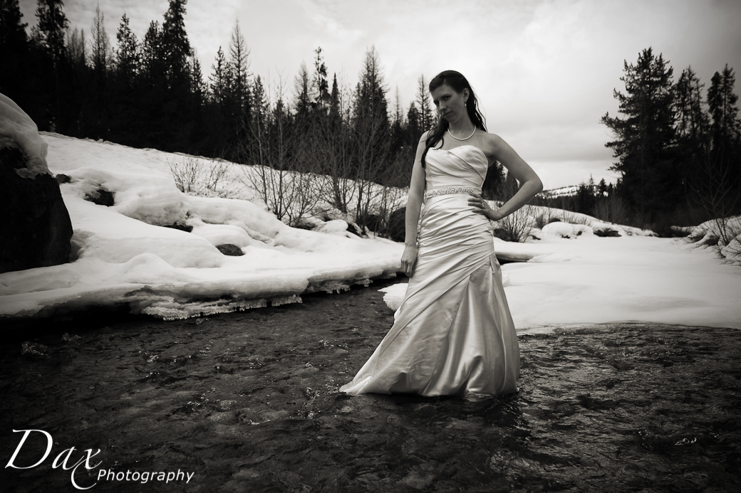 wpid-Wedding-trash-the-dress-Winter-4.jpg