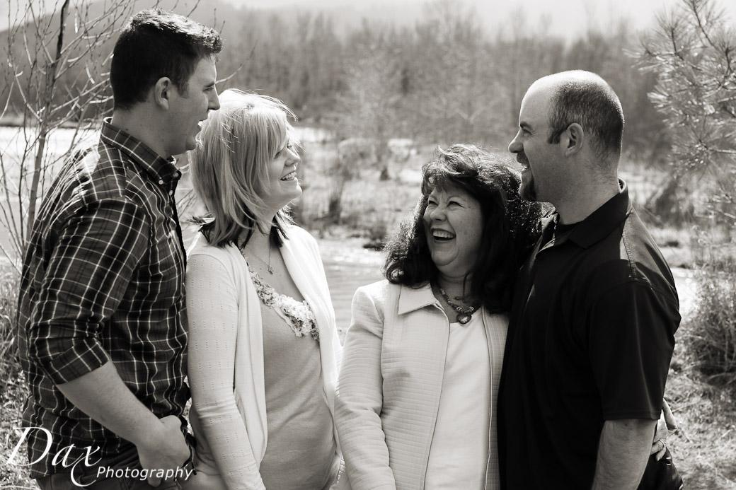 wpid-Missoula-Family-Portrait-16.jpg