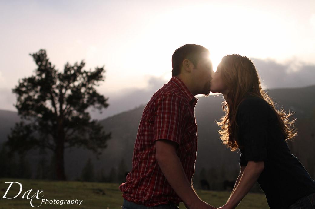 wpid-engagement-portrait-photography-8353.jpg