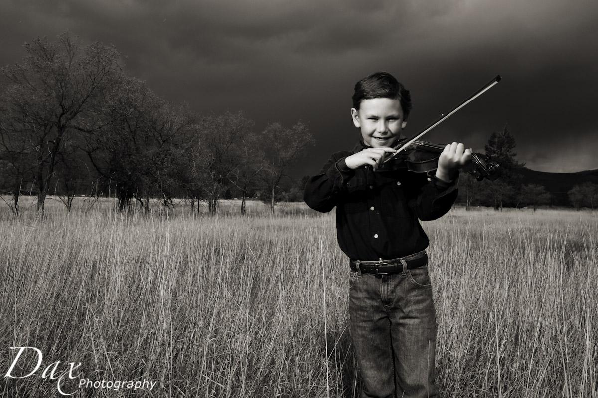 wpid-Child-with-violin-2.jpg