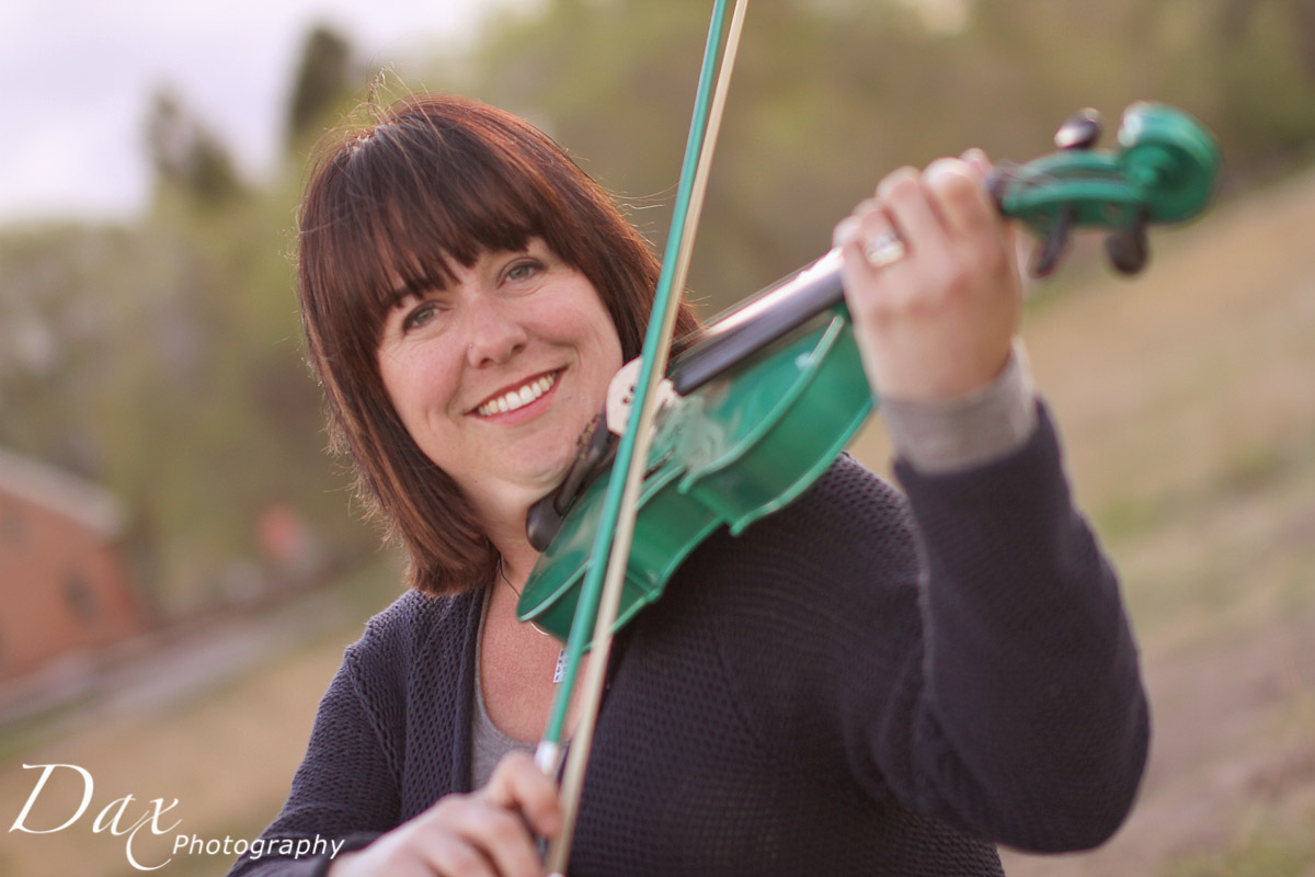 wpid-Child-with-violin-9.jpg