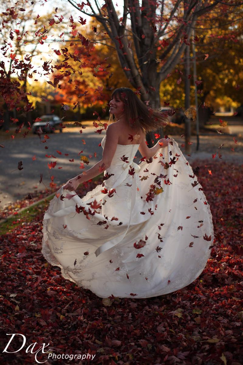 wpid-Trash-the-dress-in-the-fall-8730.jpg
