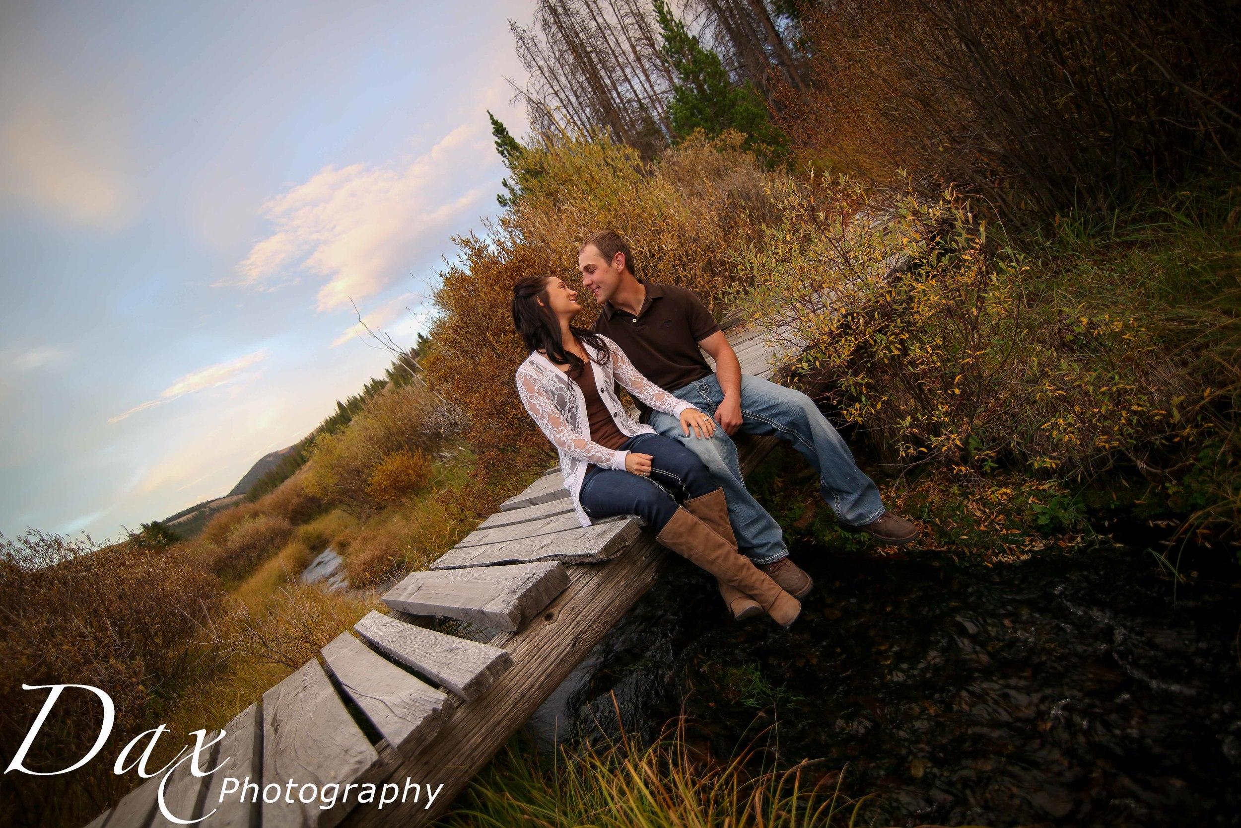wpid-Montana-photographer-Engagement-Portrait-48801.jpg