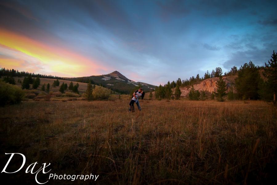 wpid-Missoula-photographers-engagement-portrait-Dax-5527.jpg