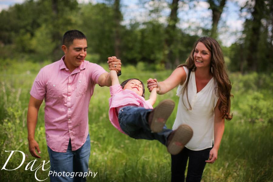 wpid-Family-Portrait-Photographers-Missoula-Montana-Dax-2027.jpg