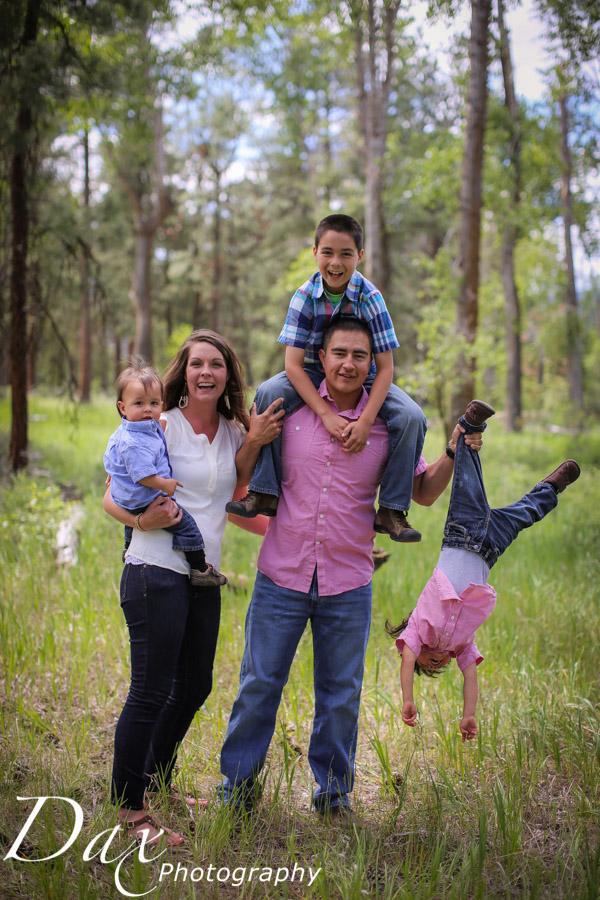 wpid-Family-Portrait-Photographers-Missoula-Montana-Dax-2777.jpg