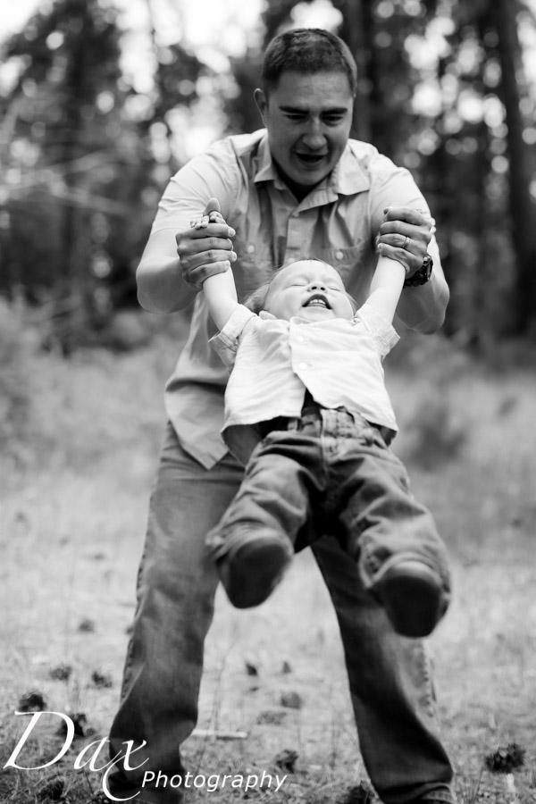 wpid-Family-Portrait-Photographers-Missoula-Montana-Dax-4497.jpg