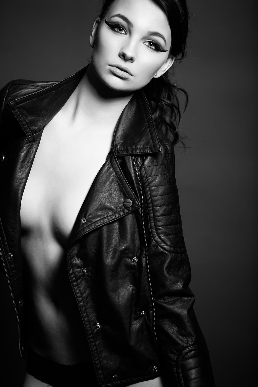 Montana Fashion Model Photographer--9.jpg
