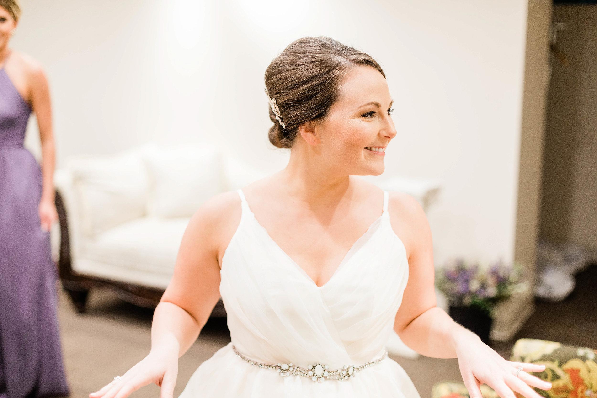 cincinnati wedding photographer carnegie center  (10 of 11).jpg