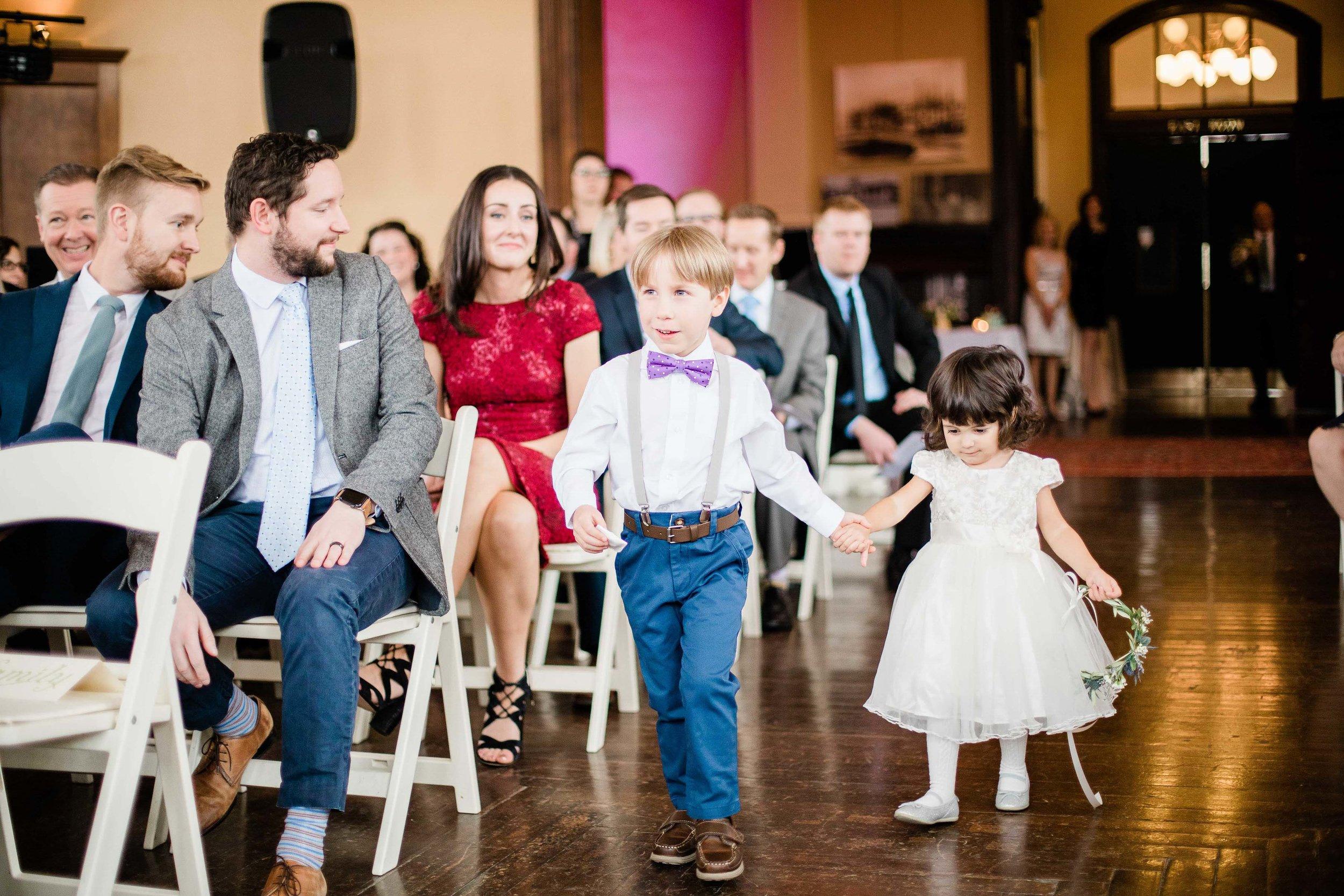 cincinnati wedding photographer carnegie center (3 of 9).jpg