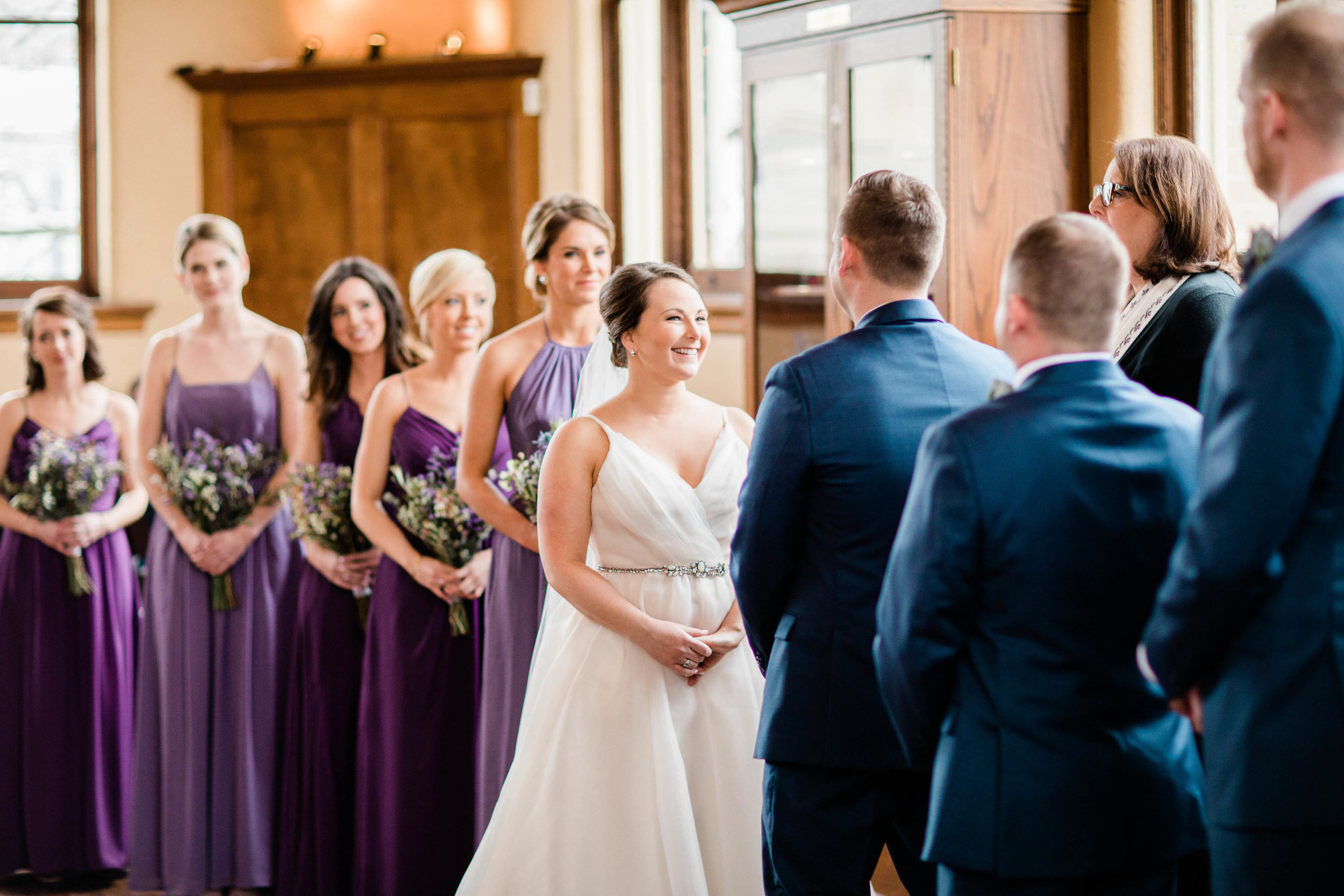 cincinnati wedding photographer carnegie center (6 of 9).jpg