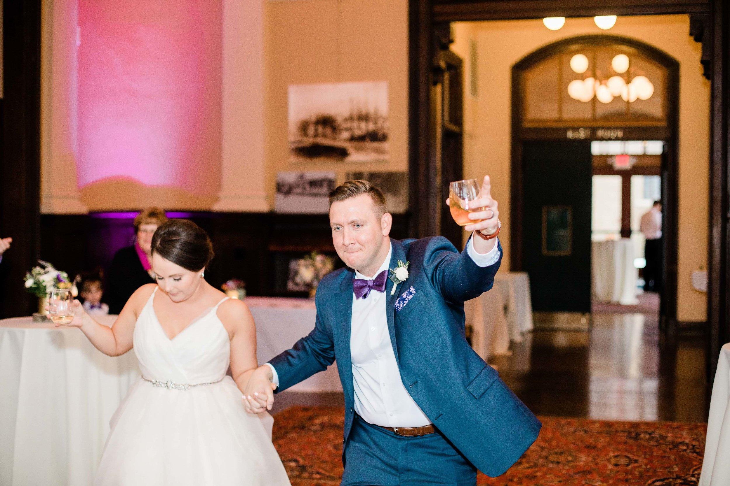 cincinnati wedding photographer carnegie center (1 of 12).jpg