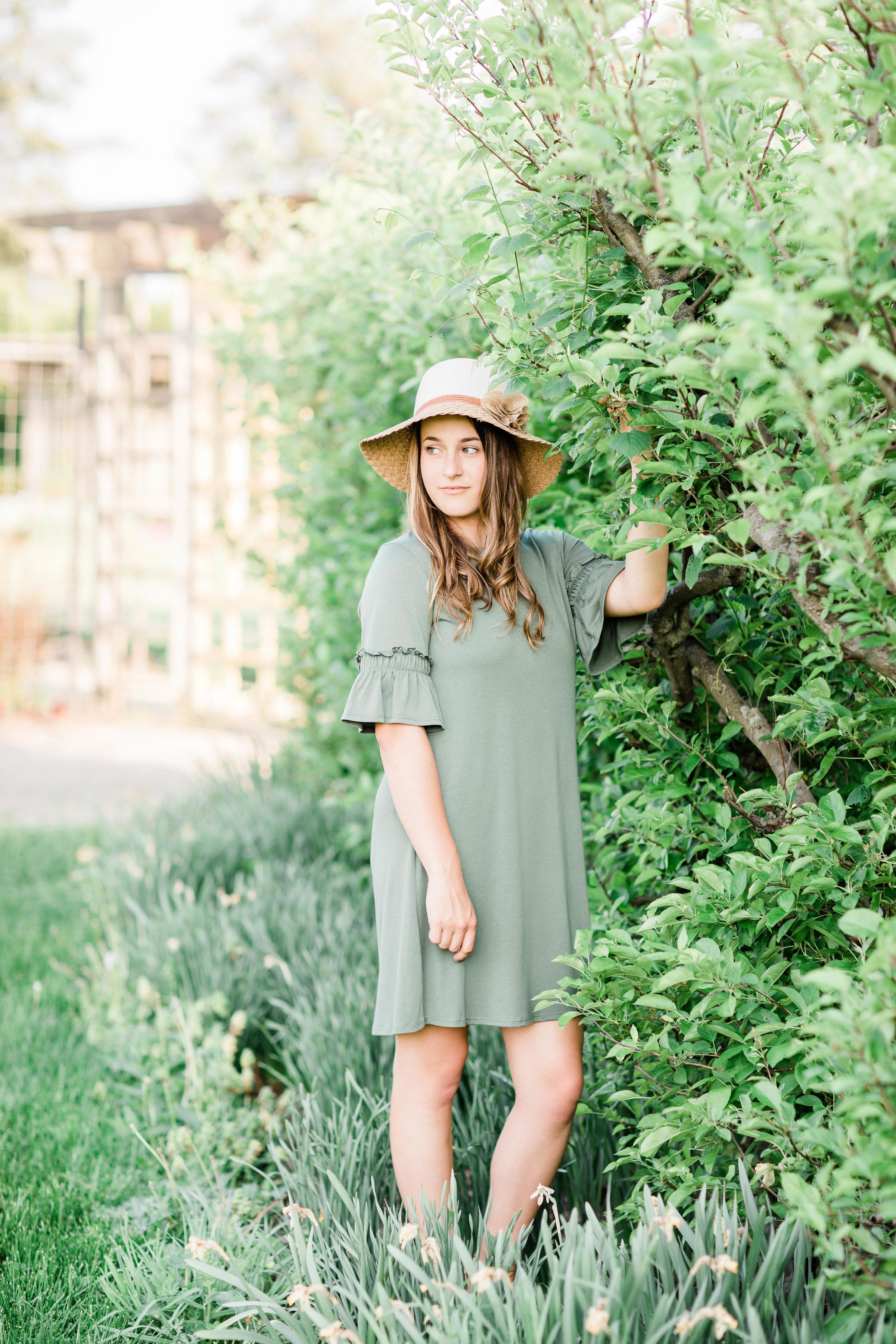 cincinnati dayton senior photographer cox arboretum session lauren day photography-6.jpg