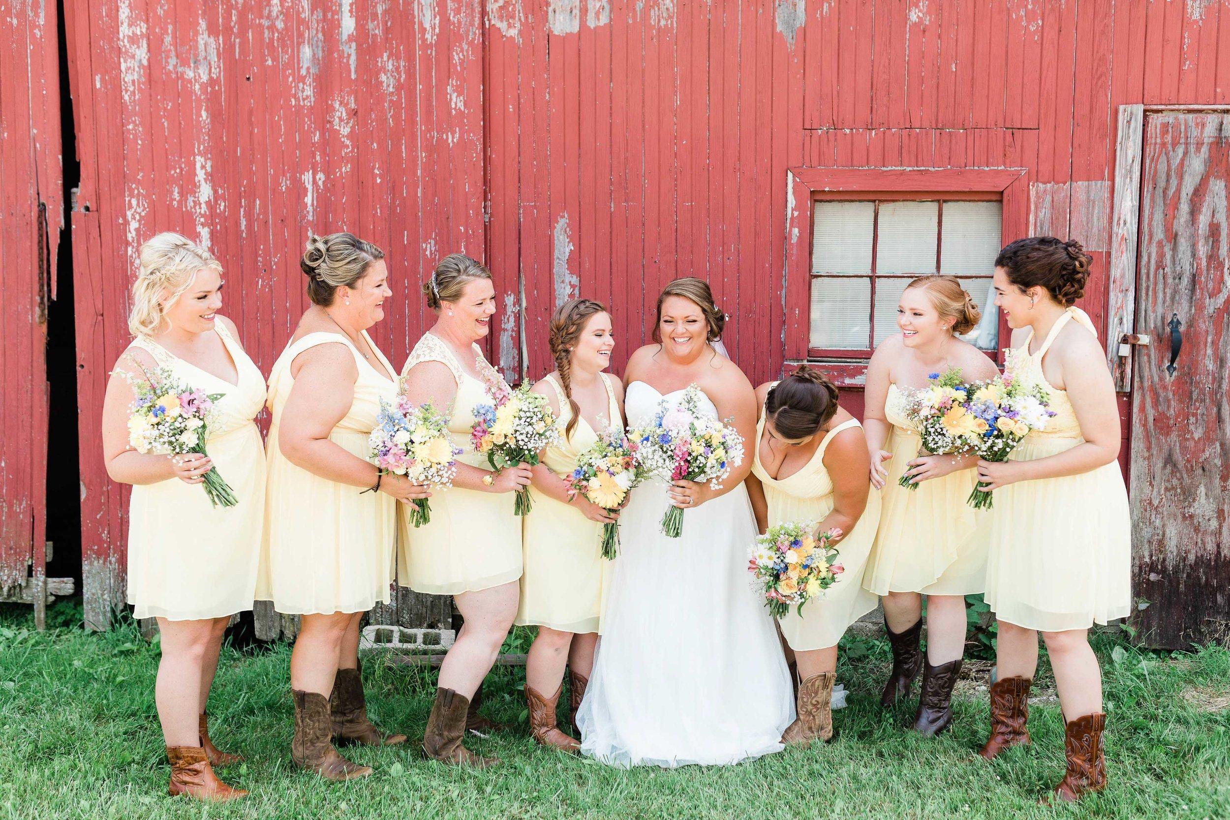 barn wedding blanchester ohio photographer-8.jpg