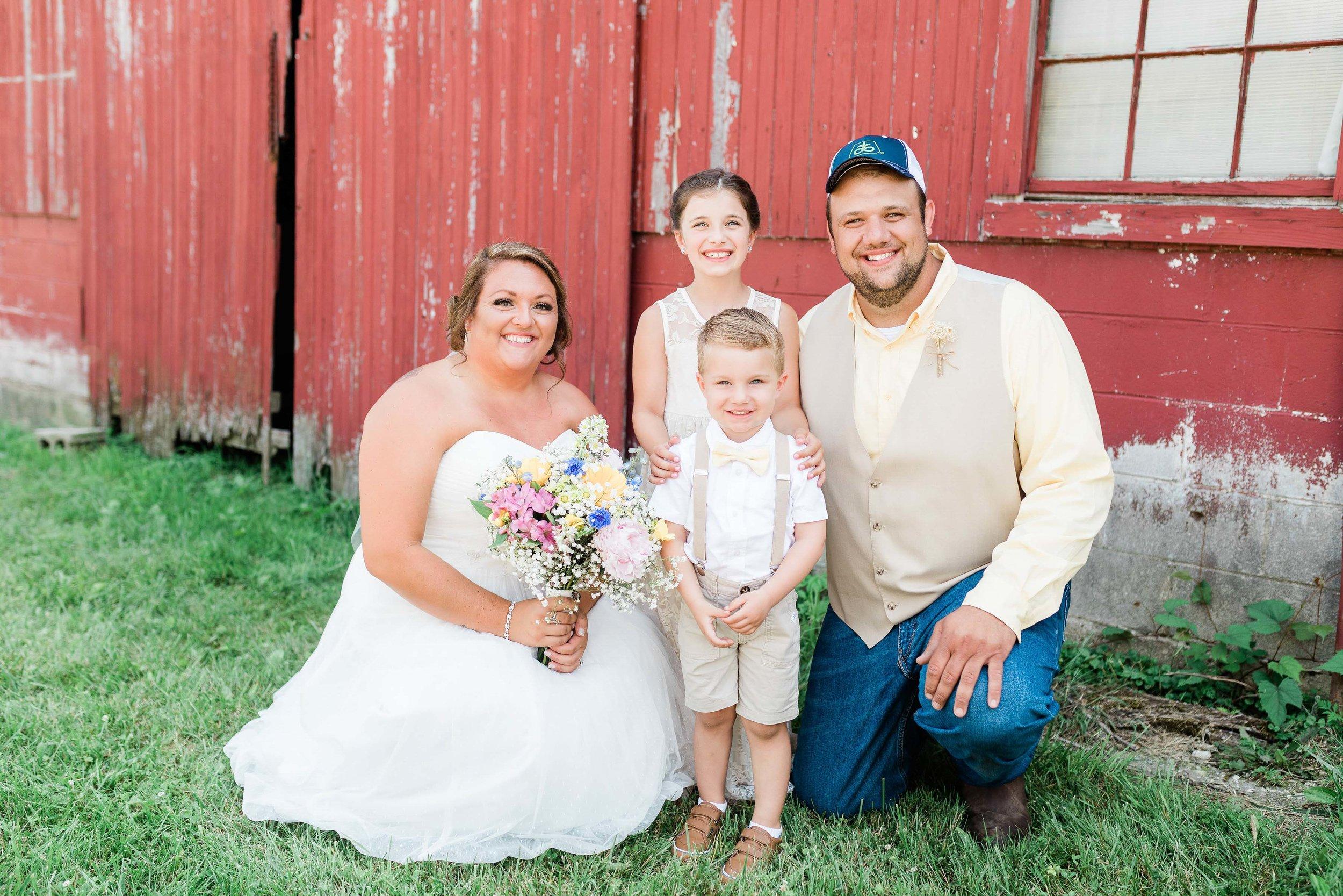 barn wedding blanchester ohio photographer-9.jpg