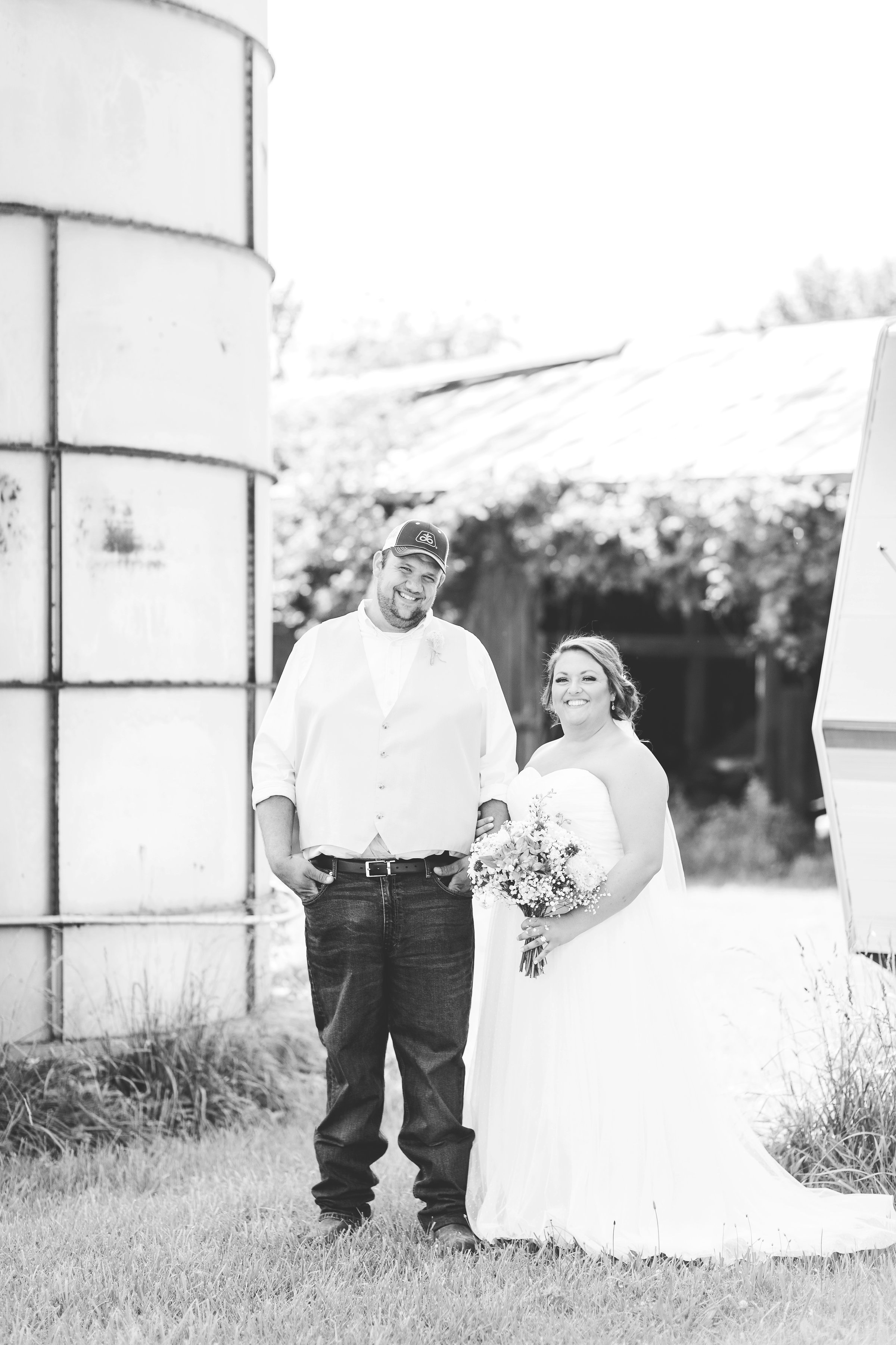 barn wedding blanchester ohio photographer-12.jpg