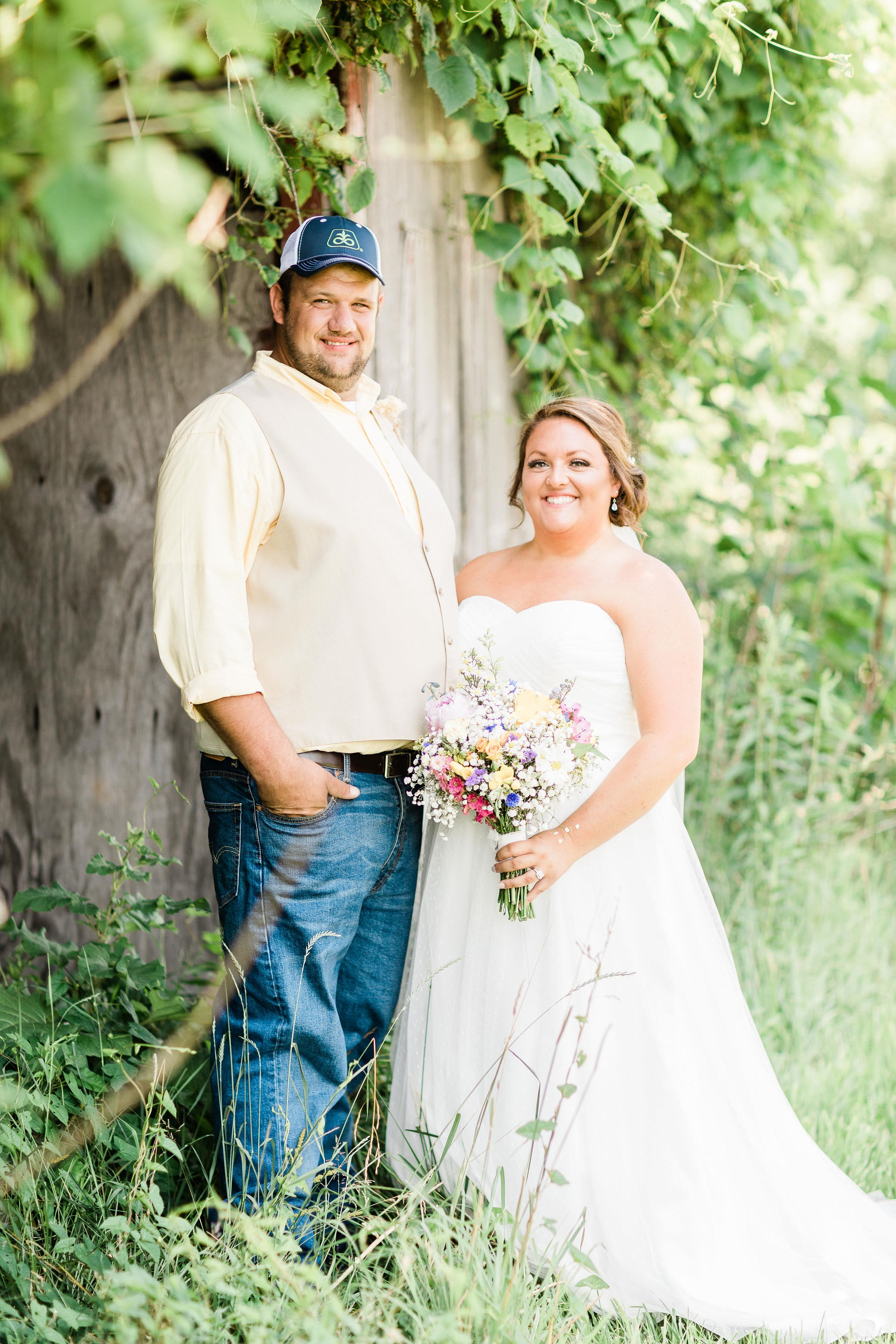 barn wedding blanchester ohio photographer-15.jpg