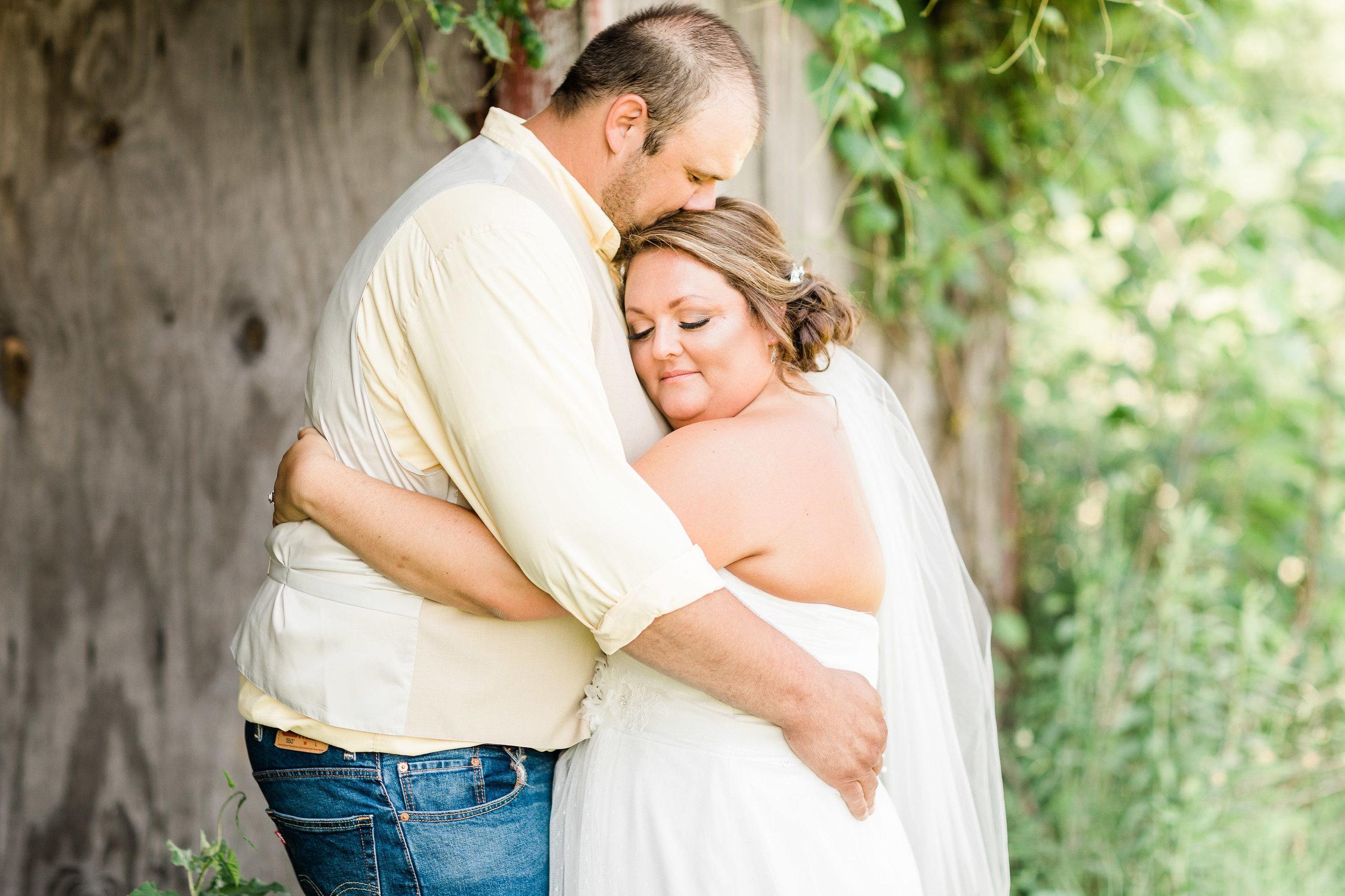 barn wedding blanchester ohio photographer-17.jpg