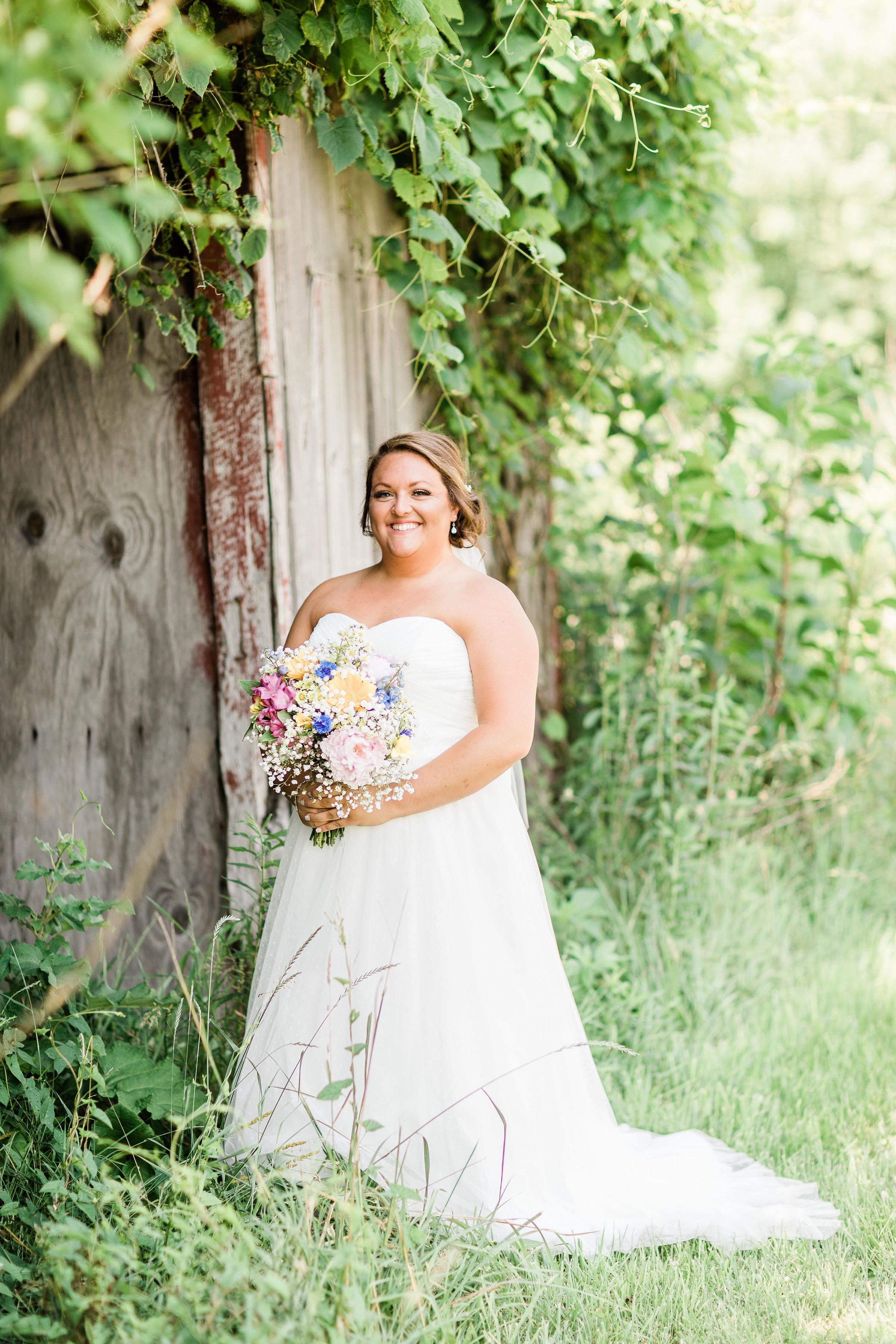barn wedding blanchester ohio photographer-19.jpg